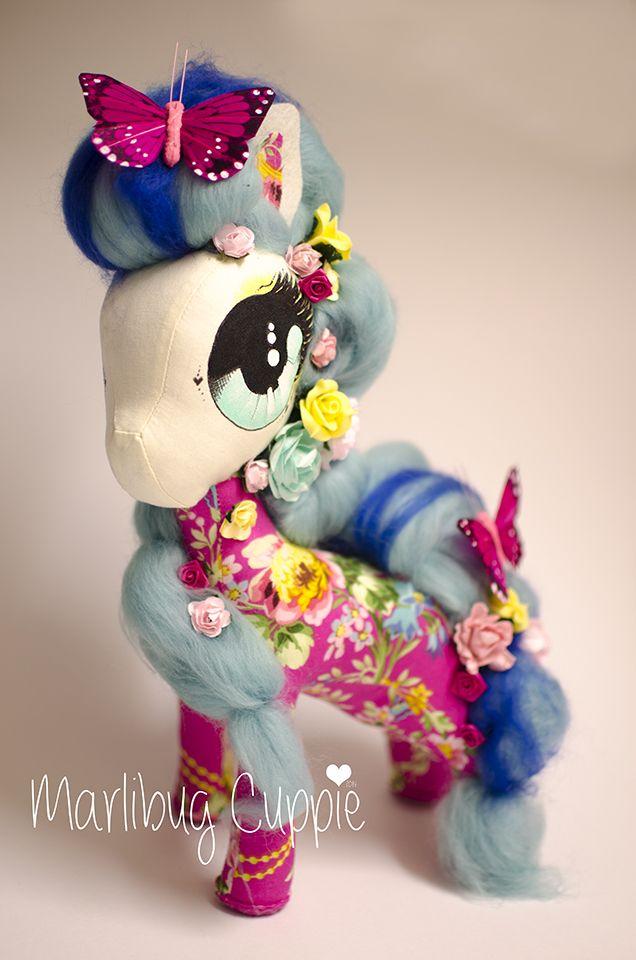 Miss Pink Loopy Blue 2014 Marlibug Cuppie  www.facebook.com/marlibugcuppie