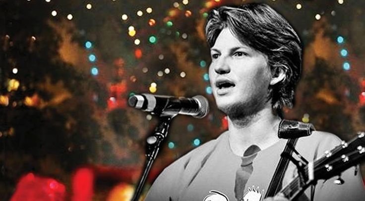 Country Music Lyrics - Quotes - Songs Reed robertson - Reed Robertson's Emotional 'Camouflage And Christmas Lights' Will Bring You To Tears - Youtube Music Videos http://countryrebel.com/blogs/videos/reed-robertsons-emotional-rendition-of-camouflage-and-christmas-lights-will-bring-you-to-tears