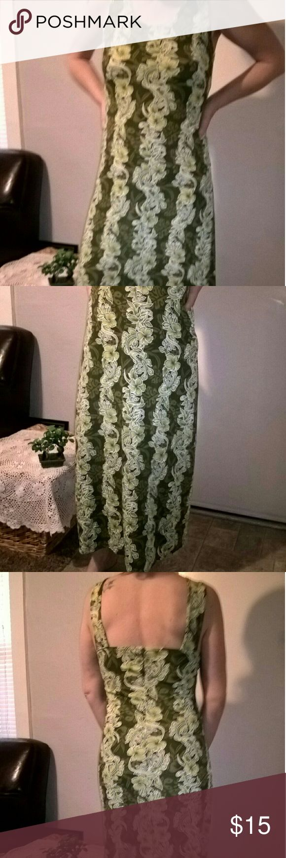 Hawaiian Print Dress Many shades of green prints and contrasting white lining around flowers with the darker background make this long dress eye popping, yet soothing at the same time. It's a very light and soft dress that's form-fitting and hella comfortable. no tag Dresses Maxi