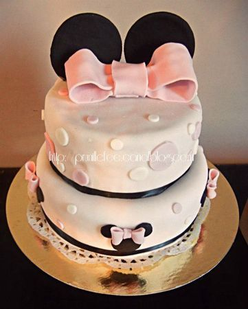 piece montee mariage original wedding cake gateau disney walt feerique reve enfance prince union amoureux minnie mickey mouse series dessins animes reference