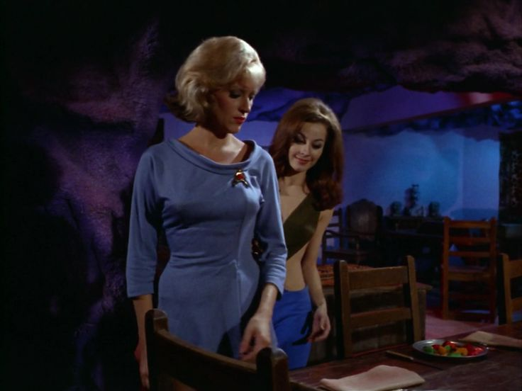 """Star Trek 1 x 7 """"What Little Girls Are Made Of ?"""" Sherry Jackson as Andrea"""