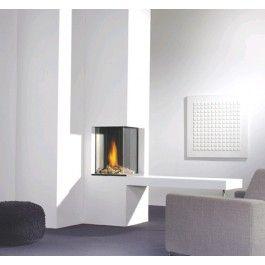De #Faber Honest is een kaderloze hoekhaard met decoratieplaat. #Interieur #Fireplace #Fireplaces #Kampen #Gashaard #Gaskachel