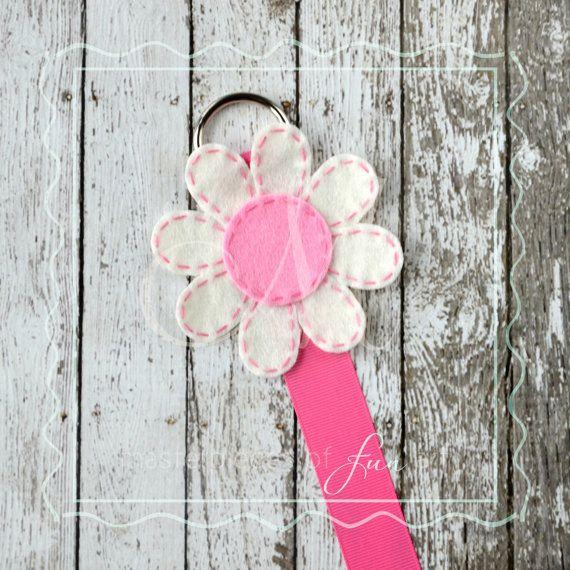 Hot Pink et blanc fleur en feutrine et par MasterpiecesOfFunArt