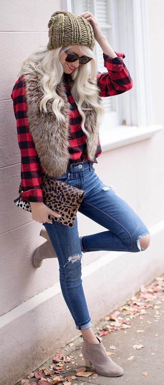 40 Outfits That Are Perfect For The Season - #winteroutfits #winterstyle #winterfashion #outfits #outfitoftheday #outfitideas #bossbabe #womensfashion
