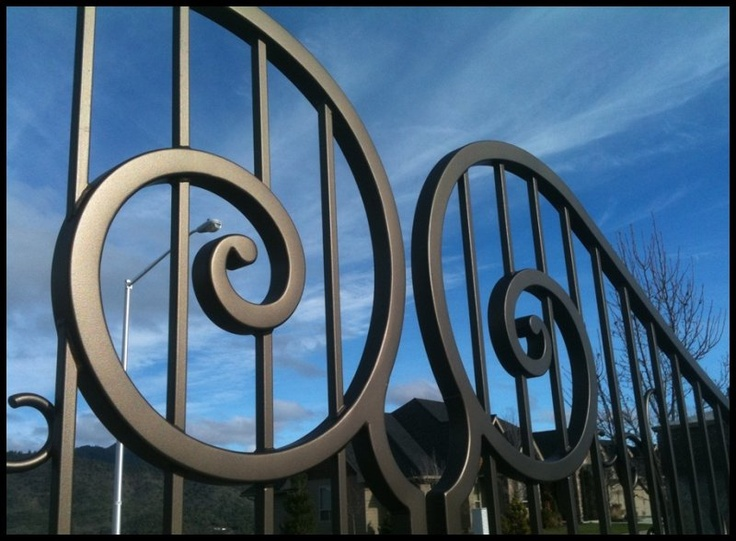 20 Best Images About Driveway Gates On Pinterest Queen