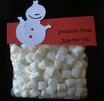 Snowman Poo - who doesn't love marshmallow poo? Fun treat & gift idea for the holidays!