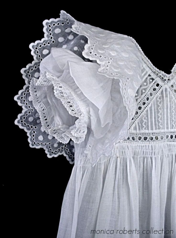 sleeve detail on an antique English christening  gown ... ca. 1900-10
