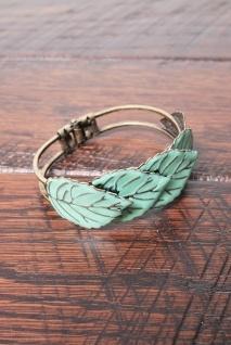 fall bracelet: Cute Rings, Leaf Rings, Leaf Bracelets, Leaves Bracelets, Color, Green Leaves, Fall Bracelets, Jewelry Rings, Feathers Bracelets