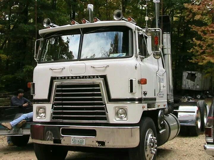 Antique International Cabover : Best images about steel cowboys ih cabovers on