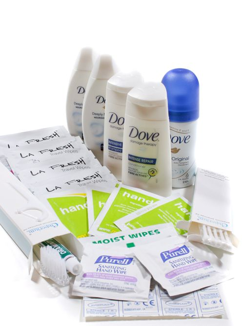 Dove ladies mini travel size toiletries weekend kit 21 piece, ideal for your short trips weekend breaks, both home and abroad. Perfect for hand luggage.