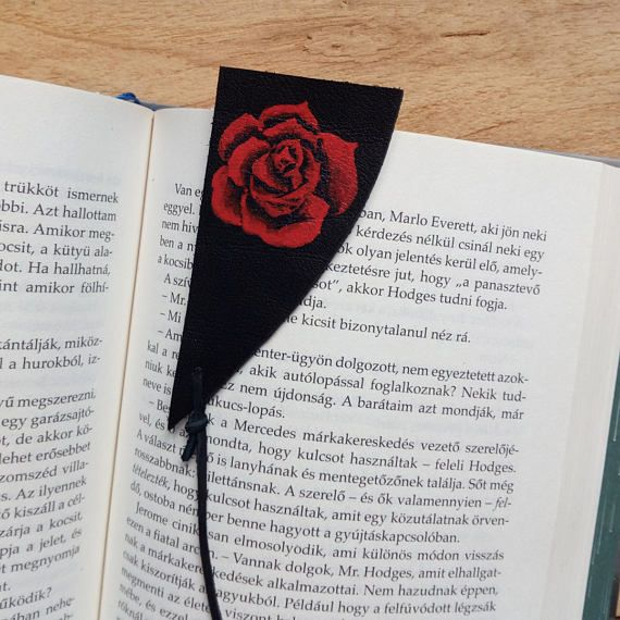 Check out this item in my Etsy shop https://www.etsy.com/listing/515975040/dark-tower-bookmark-leather-bookmark
