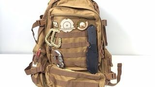 Car Survival Kit / Emergency Bag: Knives, Shelter, Cooking, And More - YouTube