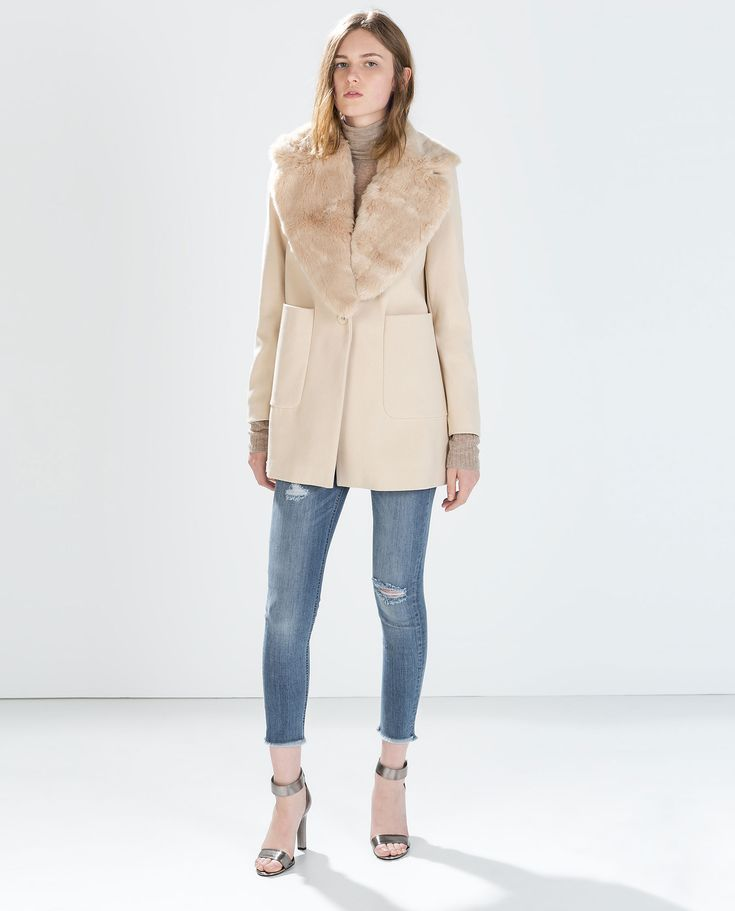 Image 1 of WOOL COAT WITH PATCH POCKETS AND FUR LAPEL from Zara