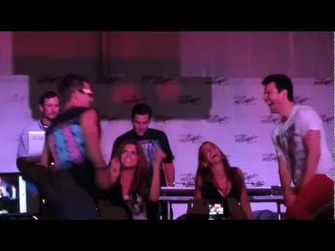 "NKOTB Donnie Wahlberg Joey McIntyre Jordan Knight ""Pony"" 8/18/2012 MixTa..."