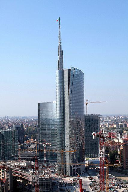 Garibaldi Tower, Milan (Cesar Pelli)