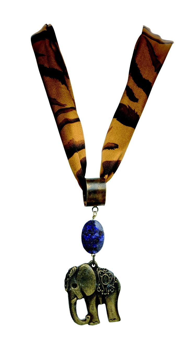 Collares Mujer. Accessori by Gillio 2012.