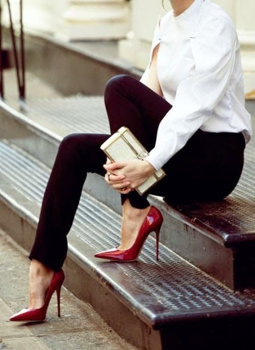 Women's fashion | Burgundy heels | Just a Pretty Style