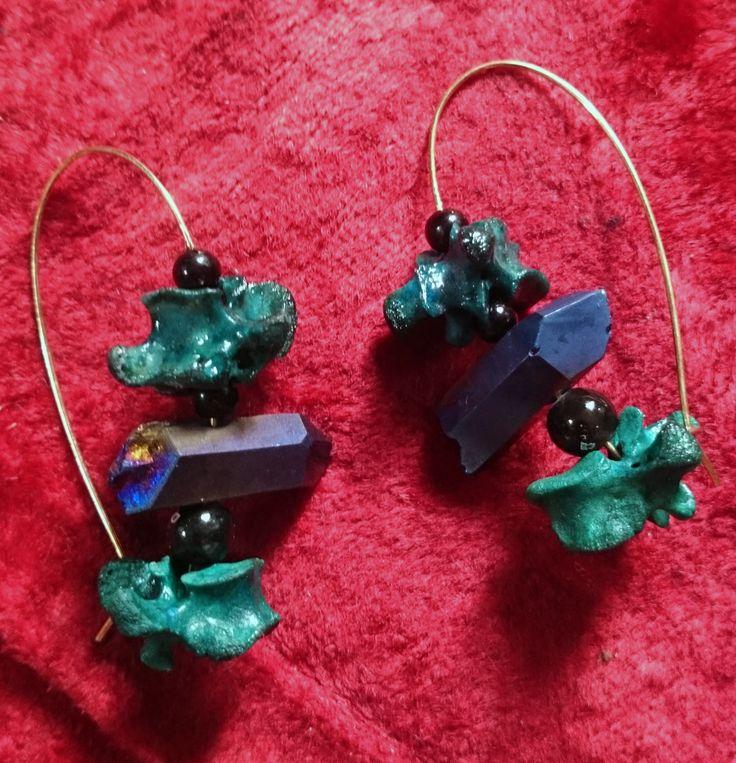 rel bone died crystal brass kidney hoop earrings  https://www.etsy.com/uk/listing/480822493/earring-kidney-hoops-real-bone-quartz?ref=listing-shop-header-2