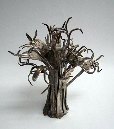 found objects sculpture (fork tree)  I LOVE THIS,  How can I reproduce it, humm