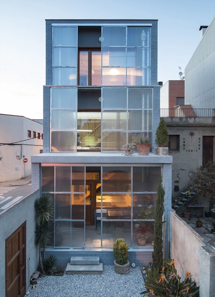 Gallery of House 1105 / H Arquitectes - 1
