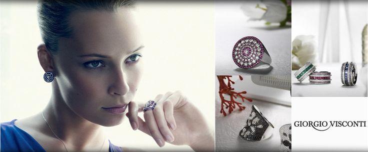 l'eleganza dei colori di pietre preziose tra il bianco puro dei diamanti...