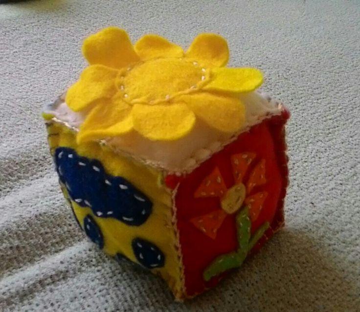 Felt cube