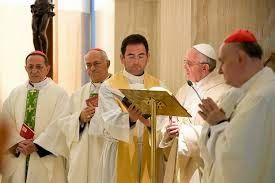HOMILIAS DEL PAPA FRANCISCO: Un cristiano no se anuncia a sí mismo-Papa Francisco