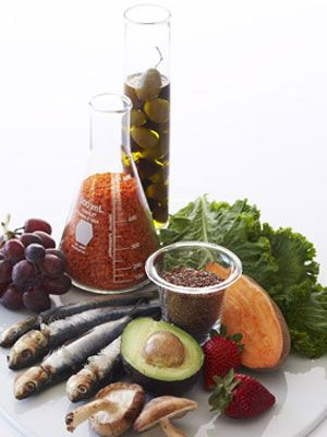 Help make healthy eating a lasting part of your everyday with more than 52 superfoods.