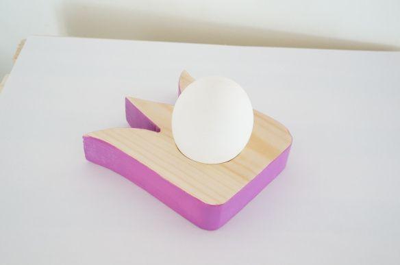 Her kommer en annen variant av eggekoppen, perfekt for jentene:) Ønsker du å lage den selv, ser du oppskriften på hvordan påLag spennende eggekopper for barn.DIY Liker du den men ikke vil sette i...
