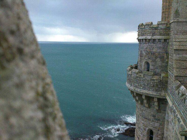 VIEW | St Michael's Mount, Cornwall (pic. Julia Louise Saxty Preece)     ✫ღ⊰n
