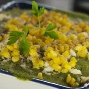 Budín Azteca con salsa de poblano | Cocina