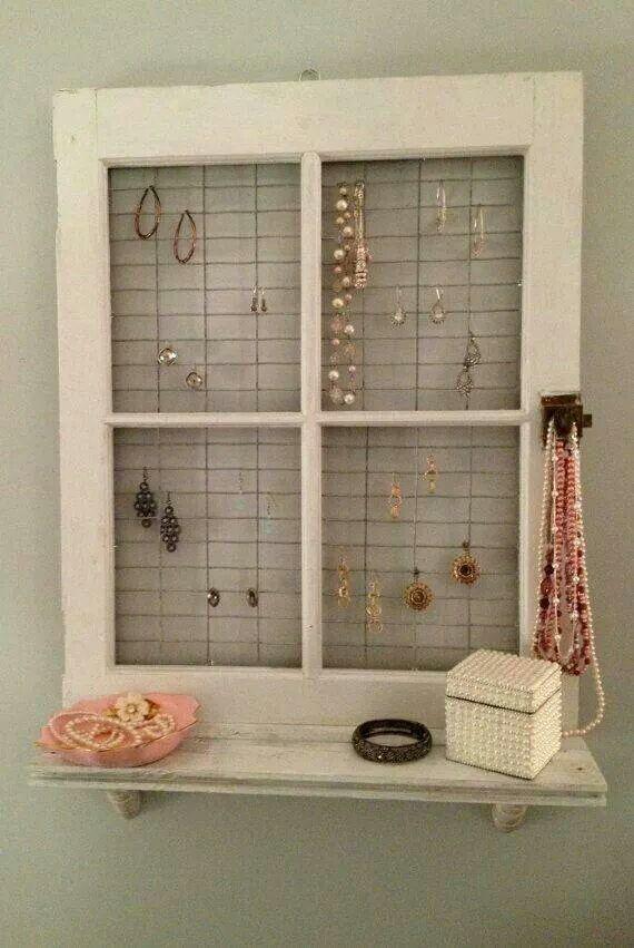 Smyckeshängare fönster