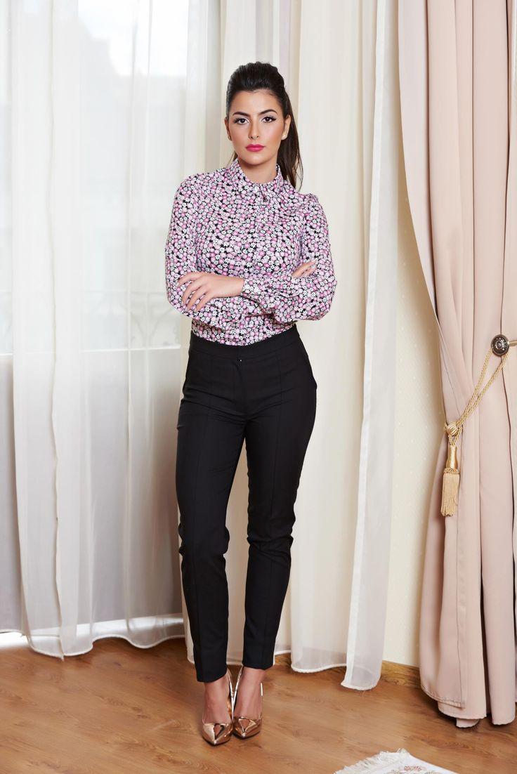 Pantaloni LaDonna Introspection Black. Pantaloni stil office, model tip pana, cu buzunare false la spate. Se inchid cu fermoar si capsa si sunt usor de asortat la o tinuta de zi.