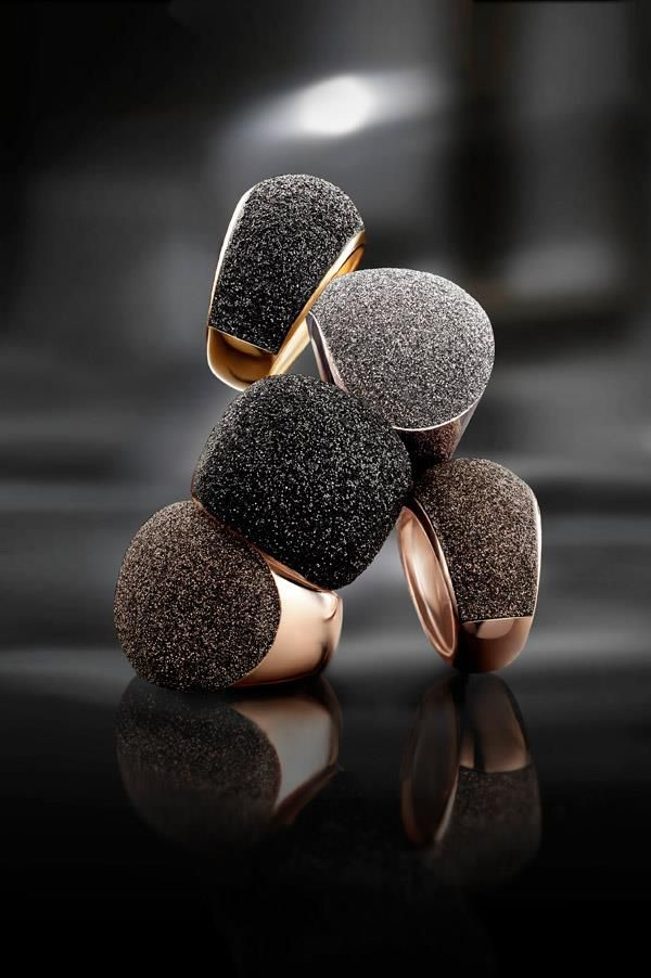Pesavento - Polvere di sogni rings Available at Amour Jewellers