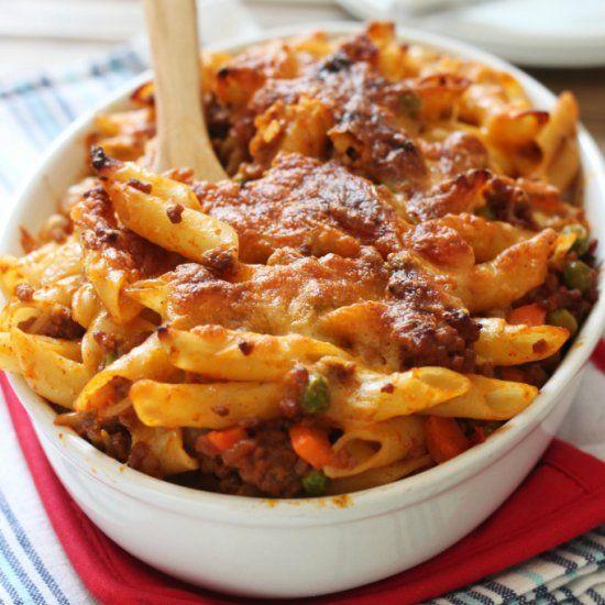 Sloppy Joe Pasta Bake: quick, easy, family-friendly weeknight dinner!