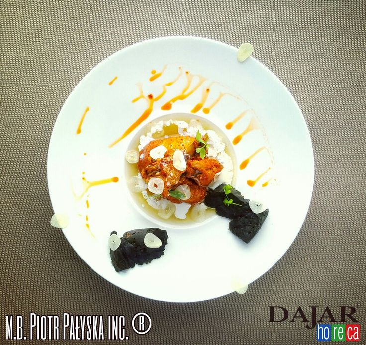 PLATE 10 Buffalo Wings & Garlic Soup made by Piotr Pałyska  #plate #abstract #expressionism #gastronomy.