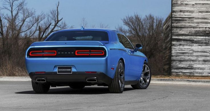 Dodge Challenger 2015, retoques y nuevo interior para el popular muscle car - http://www.actualidadmotor.com/2014/04/17/dodge-challenger-2015-restyling-salon-nueva-york/