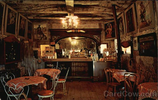 Old Western Saloon Decor