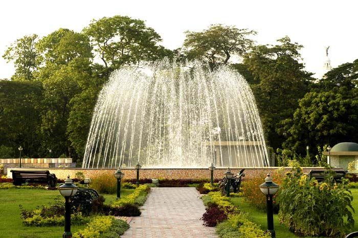 Dry Fountains.   Corporate Office and India Enquiries  17/1C Alipore Road, Kolkata -700027 Phone: 91 33 4012 1100 Fax: 91 33 4012 1155 e-mail:sales@premierworld.com                     International Operations  17/1C Alipore Road, Kolkata -700027 Phone: 91 33 4012 1135 / 4012 1138 Fax: 91 33 4012 1155 e-mail:exports@premierworld.com