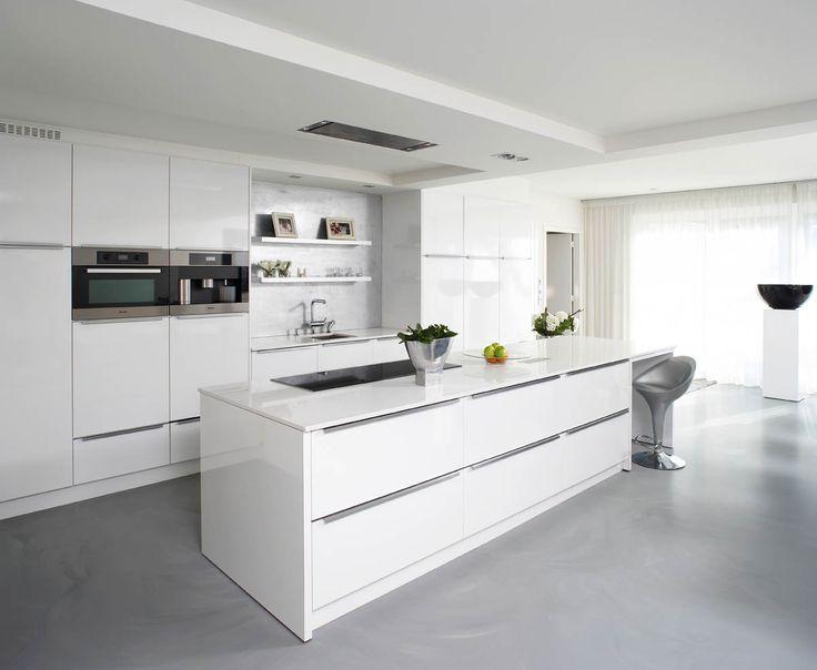 Meer dan 1000 idee n over grijs keukens op pinterest grijze keukens keukens en witte keukens - Keukens fotos ...