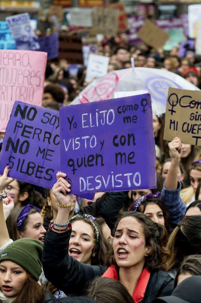 47 Pancartas De La Manifestación Del 8m Que Son Para