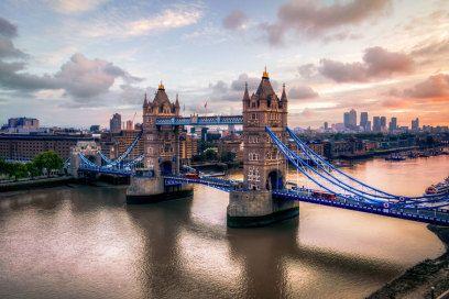 Wo Sonnenhungrige besser nicht hinfahren: London. ...so true! Europa: Hier kriegen Sie am meisten Sonne für das wenigste Geld http://www.travelbook.de/europa/hier-kriegen-sie-am-meisten-sonne-fuer-das-wenigste-geld-637482.html