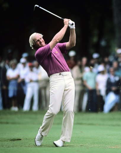 Greg Norman wearing Lyle & Scott, showing the company's history in the sport.