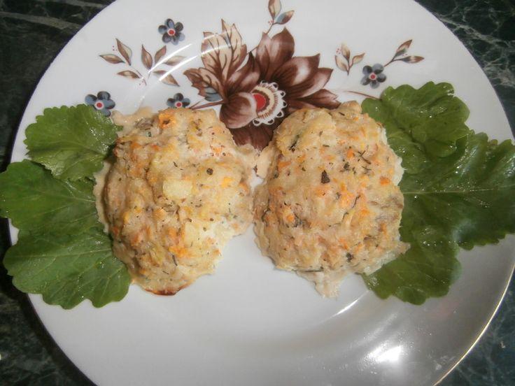 Рыбные котлеты в духовке  Котлеты из рыбного филе, запеченные в духовке, - это диетическое низкокалорийное блюдо. Готовятся  котлеты просто, а получается вкусное и полезное рыбное блюдо.