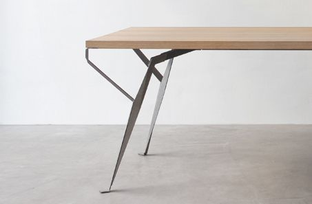Linea 1 . everyday table