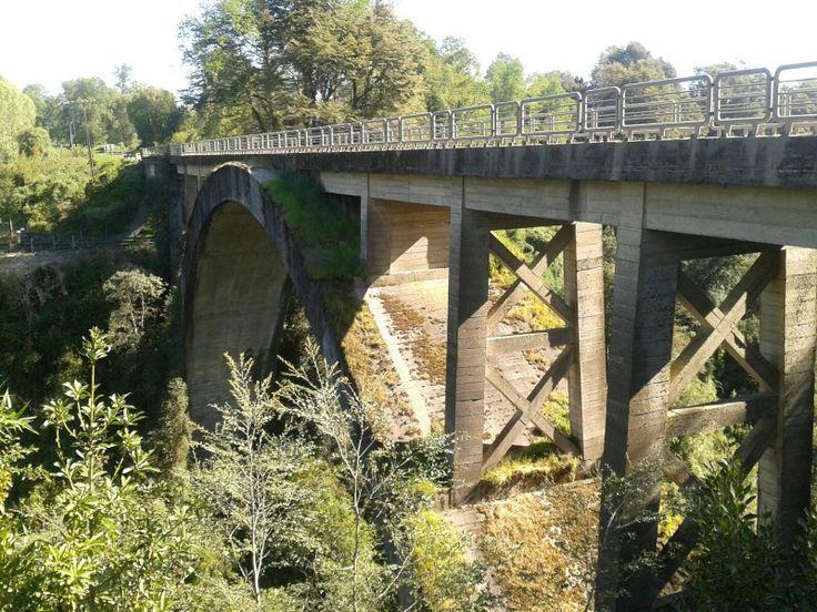 2do puente mas alto de chile, ubicado en chirre región de los ríos