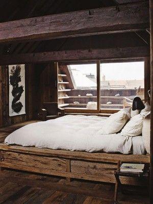 Rustiek bed van hout
