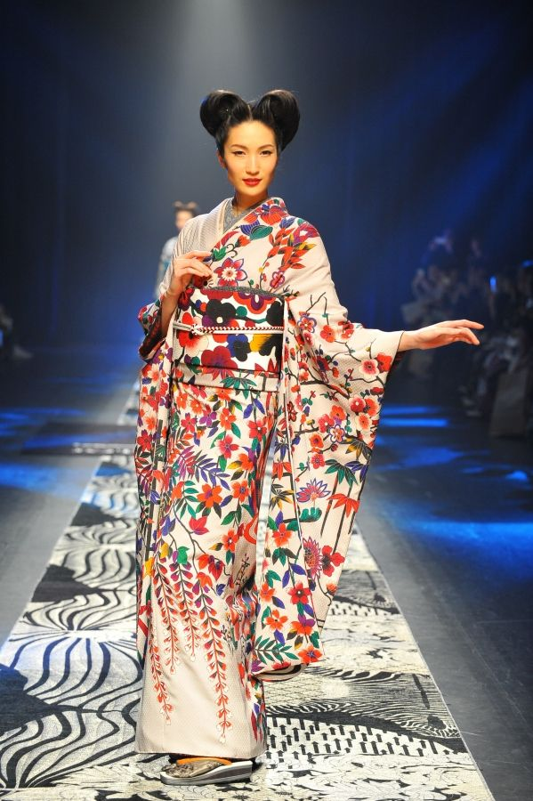 17 best images about kimono runway on pinterest fashion Japanese clothing designers