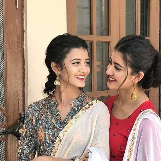 Hey Bollywood Bollywoodsong India Girls Twin Indiangirls Cute Tiktok Tiktokindia Hyderbad Mumba Lovely Girl Image Cute Girl Pic Cute Girl Photo