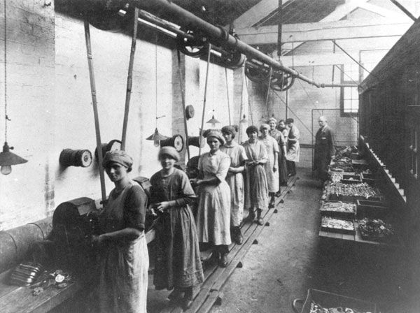 Josiah Parkes lock factory, Willenhall, 1922
